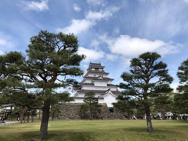 晴れた日の福島城